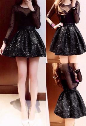 Đầm đen xòe đính kim sa tay dài phối lưới